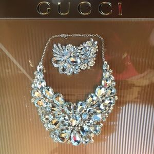 Jewelry - 💎Stunning Crystal Statement Necklace w/ Brooch💎